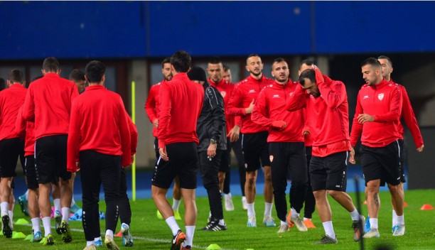 ФФМ чека абер од УЕФА дали ќе го одложи мечот со Косово