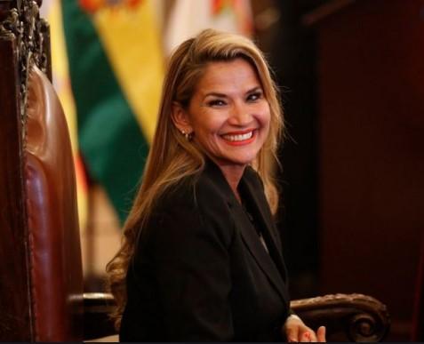 Самопрогласената претседателка на Боливија не сака да му даде амнестија на Моралес кој е избран од народот