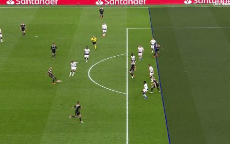 УЕФА не е задоволна од ВАР: Сака толеранција од 10 до 20 сантиметри во офсајдот