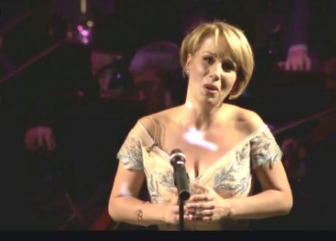 Ана Дурловски со овации поздравена во Минхен