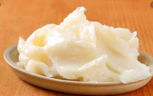 Чини 20 евра тегла: Во Србија пак се одгледуваат гуски поради гускината маст