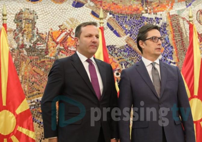 Курти најавува дека избори во Македонија ќе има во јуни откако се слушна со Пендаровски и Спасовски