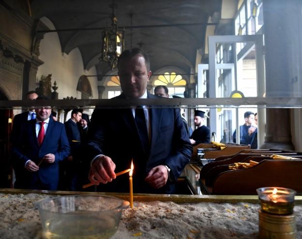 Ај прави ми друштво: Во кое својство Заев замина со Спасовски кај Вартоломеј? (ФОТО)
