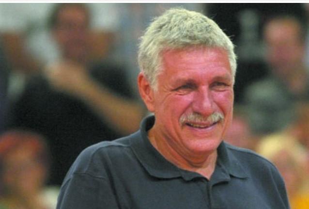 Загина кошаркарската легенда Буштур
