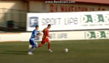 Во Македонија се игра фудбал со две топки (ВИДЕО)