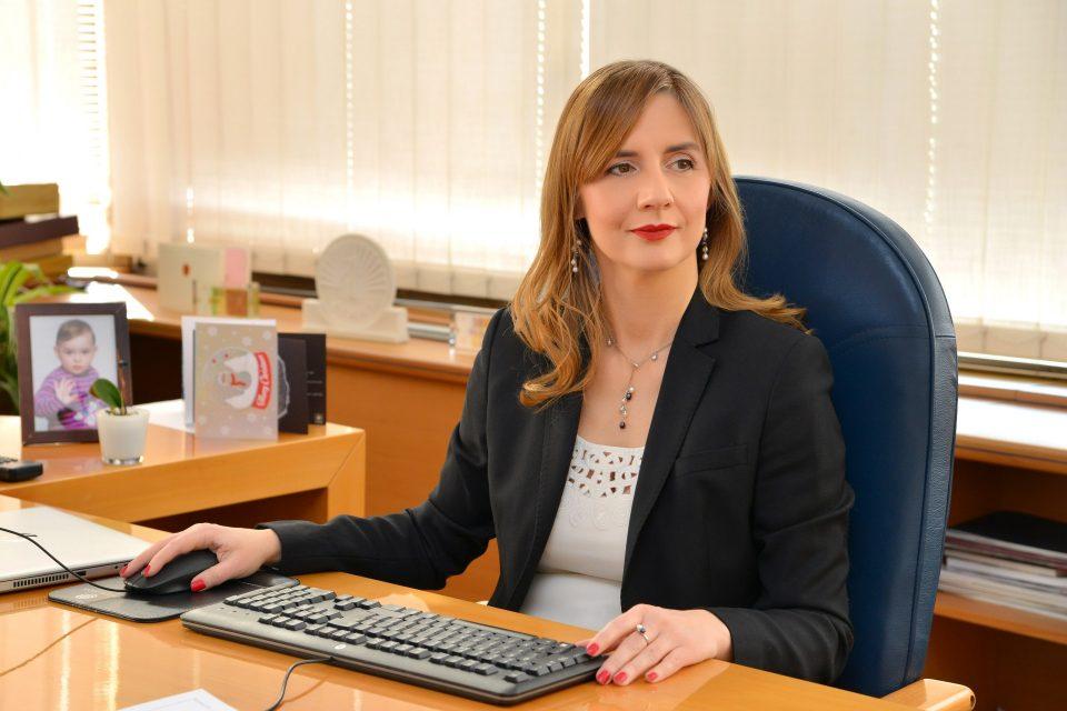 Ангеловска-Бежоска за СБС: Девизните дознаки од иселениците важни за македонската економија