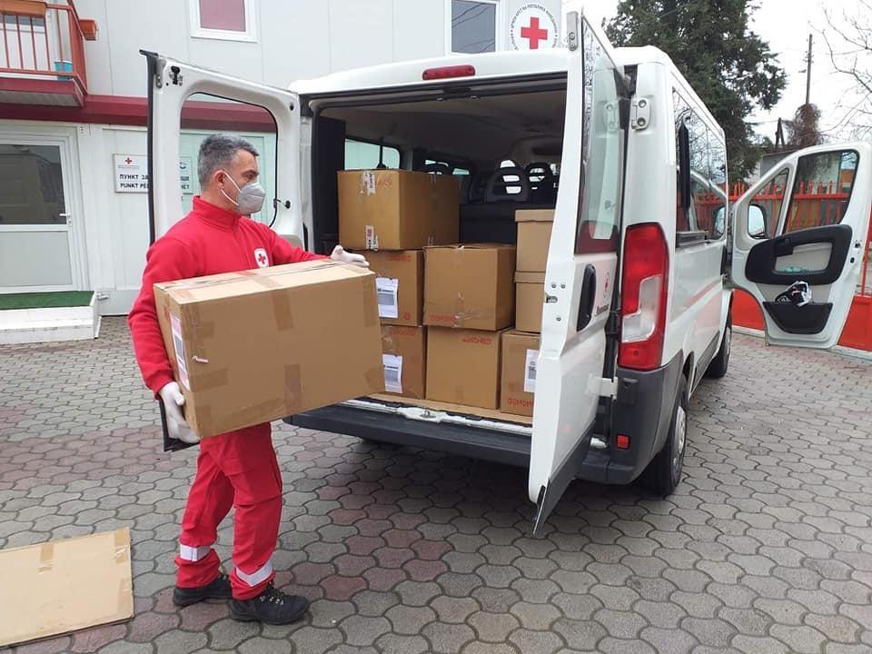 Црвениот крст на град Скопје во соработка со Пивара Скопје формира мобилни тимови за поддршка на ранливи категории граѓани