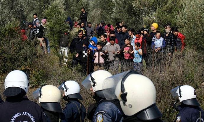 Грците повеќе загрижени за мигрантското прашање, отколку за коронавирусот