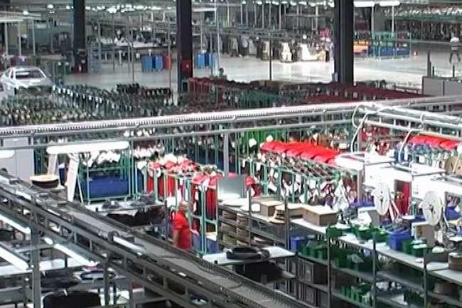 Фирмите очекуваат пад на производството, извозот и прометот