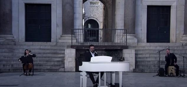 Петар Грашо за своите фанови во празниот Сплит (ВИДЕО)