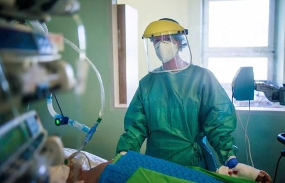 Бројот на новозаболени од Ковид-19 и натаму трицифрен, во Скопје активни 2.515 случаи