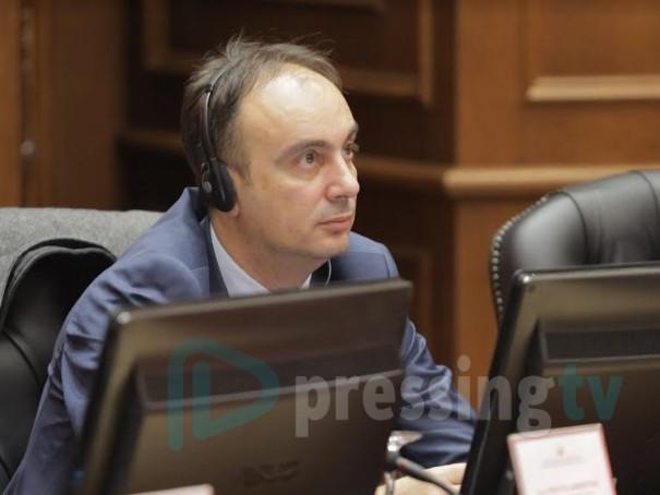 И екс-министерот Наќе Чулев не успеа да се одбрани од коронавирусот
