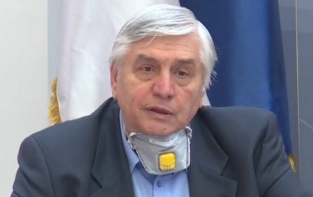 Д-р Tиодоровиќ: 50-50 се шансите да преживеете на респиратор