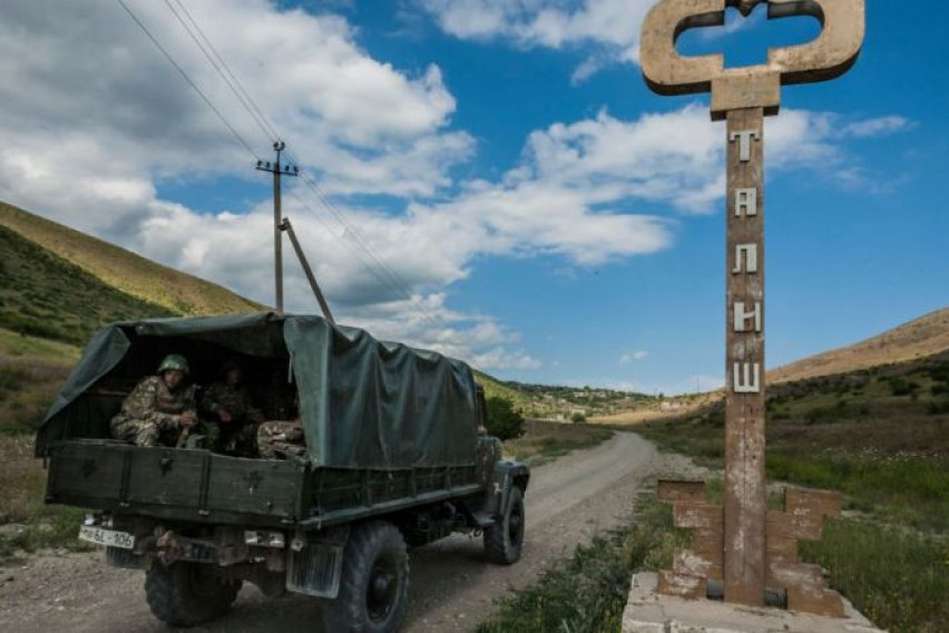 Во Нагорно-Карабах прогласена воена состојба