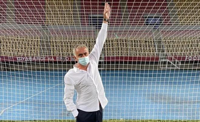 Претпријатието кое стопанисува со стадионот го демантираат Мурињо дека голот бил понизок