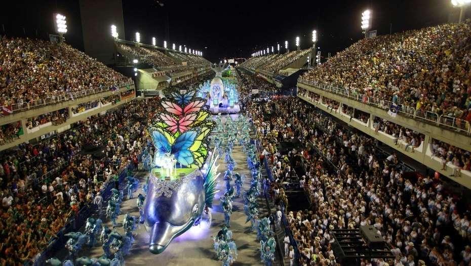 Поради Ковид-19 одложен Карневалот во Рио кој требаше да се одржи во февруари 2021
