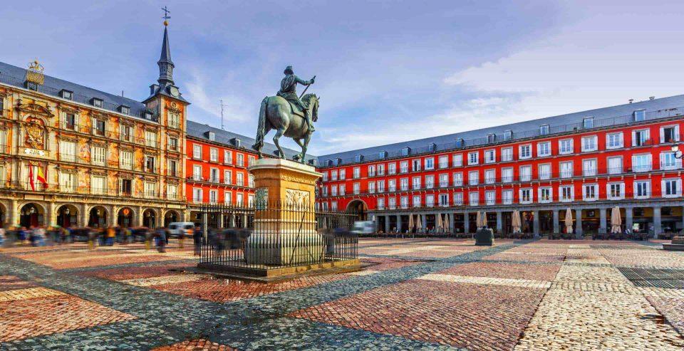 Шпанската Влада разгледува воведување на вонредна состојба во Мадрид