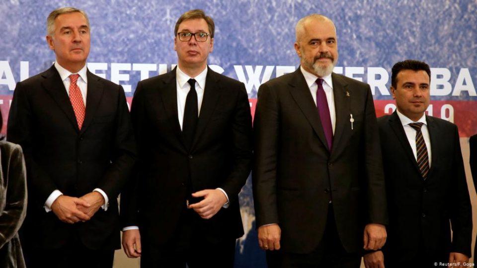 """Вучиќ најави враќање на """"мал шенген"""" на голема врата"""