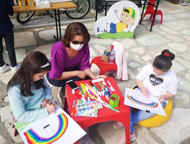 """Дебата на тема """"Како децата се запознаваат со предизвиците во животот преку литературата"""" на фестивалот """"Литера"""""""