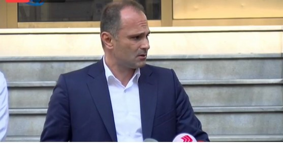 Во живо: Прес конференција на Филипче и Караџовски
