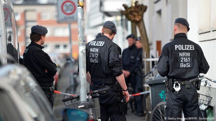 Напад со нож во Германија, четири лица се повредени