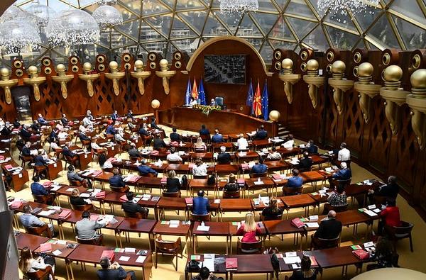 Мицкоски: Oва што се случуваше во Собранието претставува кршење на законите
