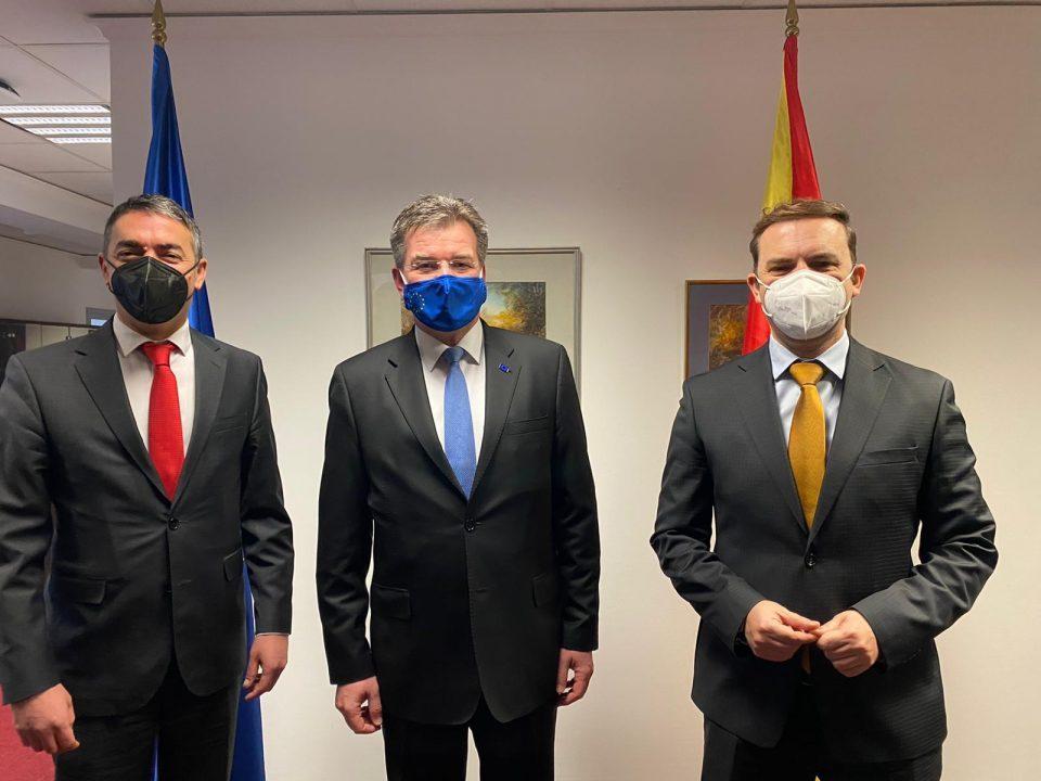Османи и Димитров на средба со Лајчак: Македонија е пример за успешна приказна