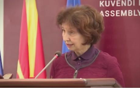 Силјановска Давкова: Чуму тогаш ни е попис ако веќе се знае резултатот?