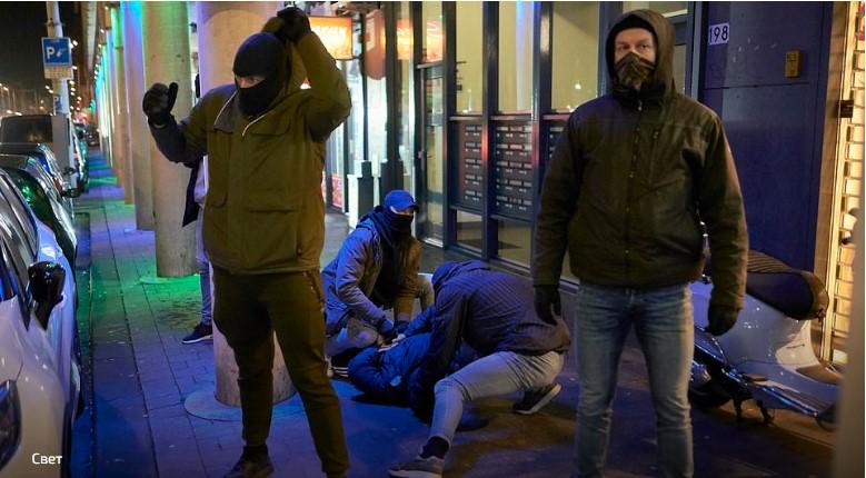 Четврта ноќ по ред се протестира во Холандија поради полицискиот час