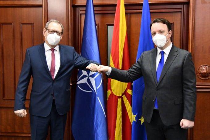 Александар Николоски се сретна со амбасадорот на Полска, Пиотр Висоцки