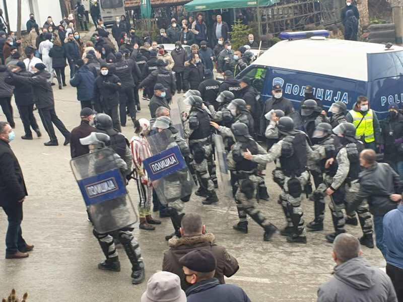 Да не се заборави: Како полицијата апсеше во Вевчани