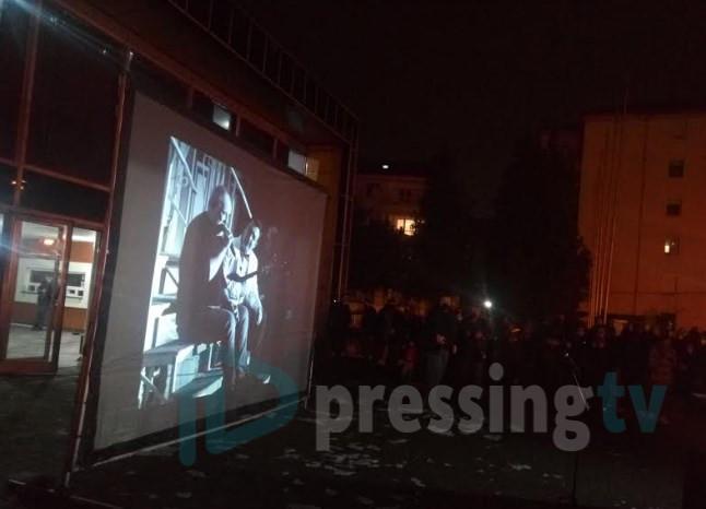 """Балашевиќ ги """"собра"""" скопјани на концерт (ФОТО)"""
