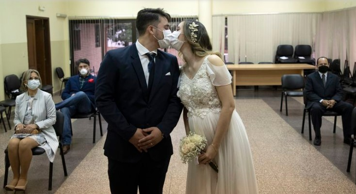 Угостителите барат да се вратат свадбите и семејните прослави