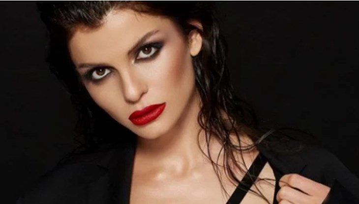 Славена е презгодна: Бугарската мисица пред неколку години сними порно филм со боксер