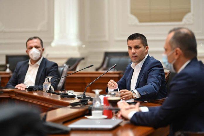 Оштетени штедачи: Љупчо Николовски да се позанимава со јавно признаениот криминал при докапитализација на Еуростандард банка