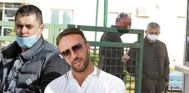 Кокеза бил посредник на Веља невоља и Аца Босанац за обезбедување на клубовите