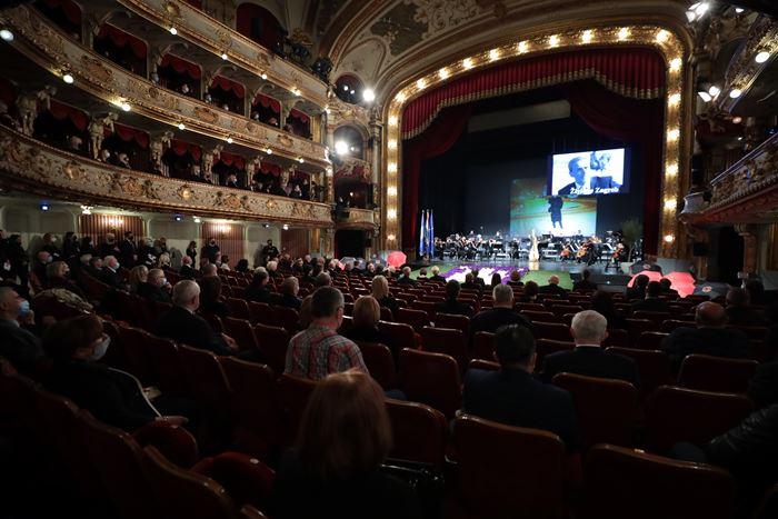 Загреб се прости од Бандиќ, на комеморацијата присуствуваа и градоначалниците на Скопје, Белград , Сараево, Љубљана и Сплит