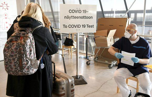 Во Финска од денеска вонредна состојба поради ковид – се затвораат ресторани, училишта…