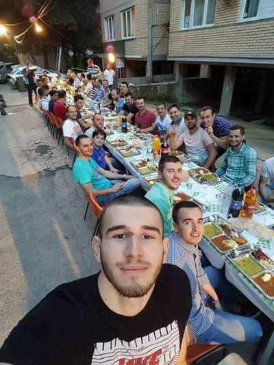 """""""Амнести Интернешнл"""": Забpaната за верски coбири беше применета на селективен начин со полициcкиот чac во Maкедонија"""