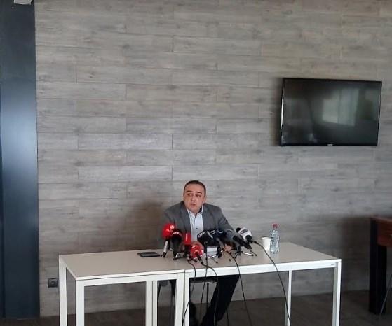 Менкиновски прашува: Зошто Јордан Камчев бил предмет на обработка на АНБ?