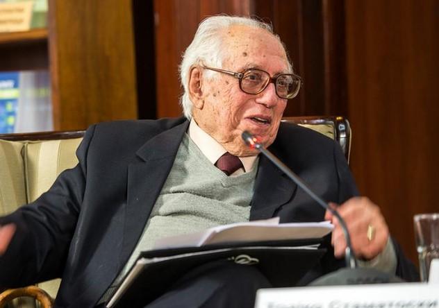 Од корона почина професор д-р Трајко Стаматоски