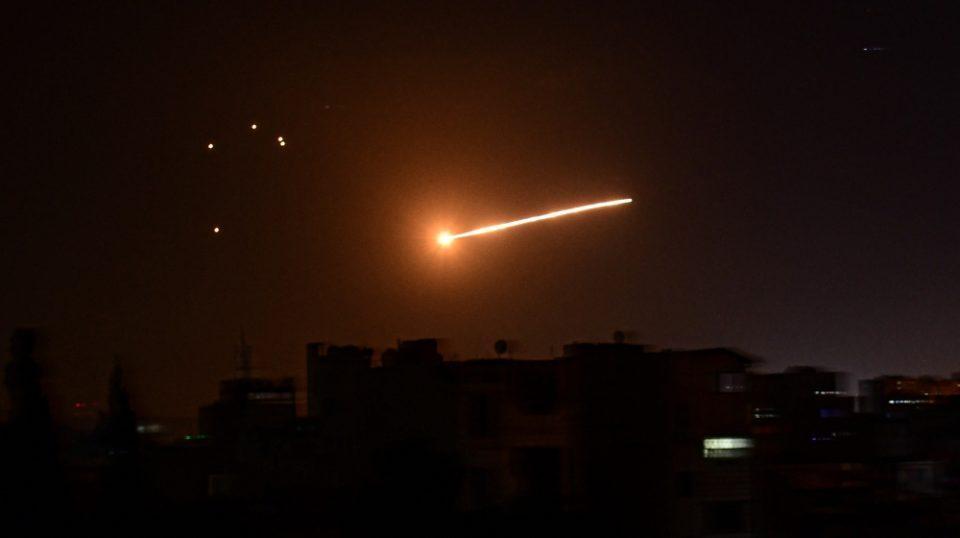 Израел ја рaкетираше Сирија, има и жртви