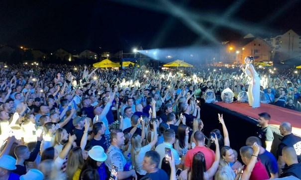 Цеца наскоро доаѓа во Македонија