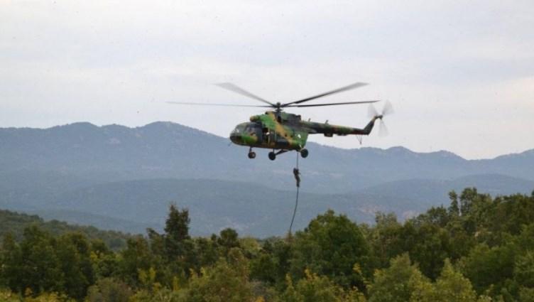 Хеликоптерите на Врховниот командант Пендаровски не можат да летаат навечер