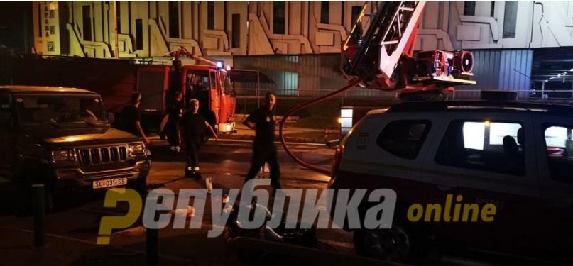 """МВР потврди: Нема повредени во пожарот во """"Рагуза"""""""