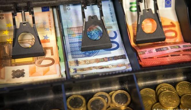 Германија со највисока инфлација во последните 25 години: За шест месеци Германците купиле 90 тони злато