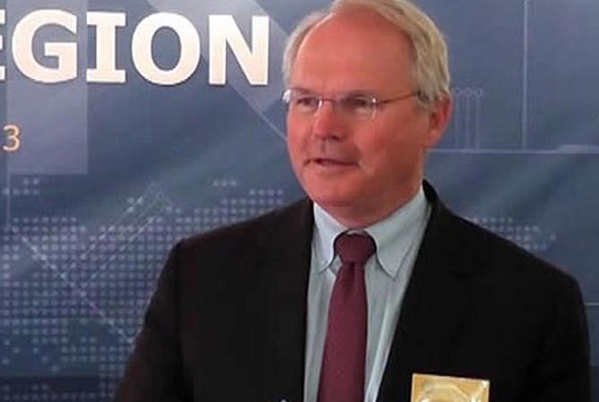 Хил е личен пријател со Бајден: Поранешниот амбасадор на САД во Македонија, нов амбасадор во Србија