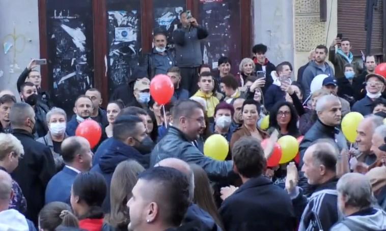 Мицкоски: На митингот во Кичево имаше многу Албанци и тоа ме направи горд