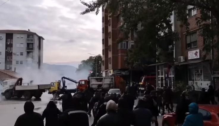 РОСУ прави зулум низ Митровица (ВИДЕО)